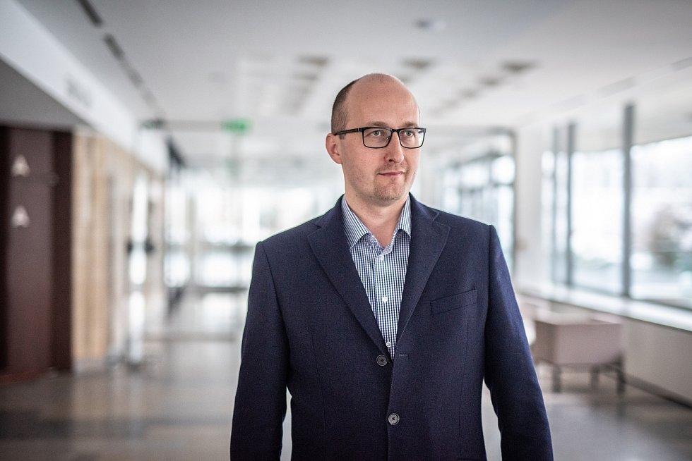 Pavel Svoboda nastoupil na pozici ředitele Komorní filharmonie Pardubice vloni vlednu.