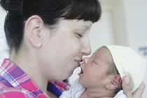 Duna Tobiáš se narodil 26. května v 16:02 hodin. Vážil 3730 gramů a měřil 50 centimetrů. Maminku Kateřinu u porodu podpořil tatínek David. Doma v Pardubicích na ně čeká ještě Davídek (7).