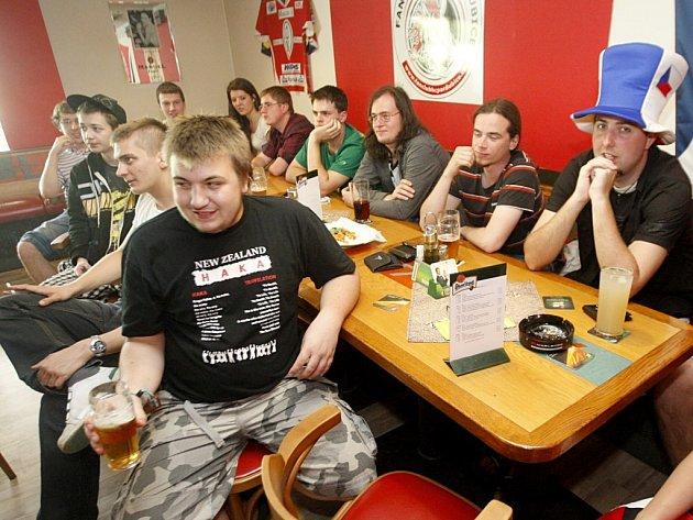 Ani plná Megasportovka hokejisty k vítězství nedotlačila