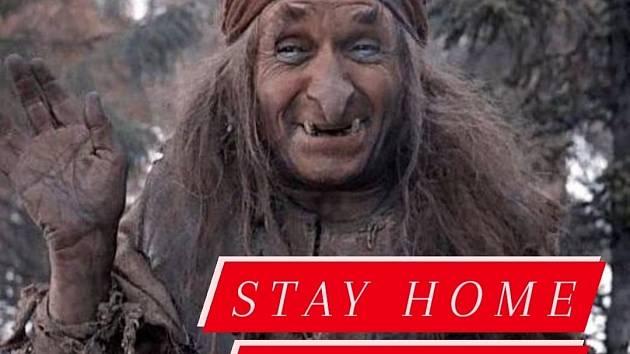Čarodějnice, zůstaňte doma, zůstaňte v bezpečí, varují pardubičtí strážníci