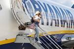 Znovuobnovení pravidelných letů společnosti Ryanair do španělského Alicante z pardubického letiště.