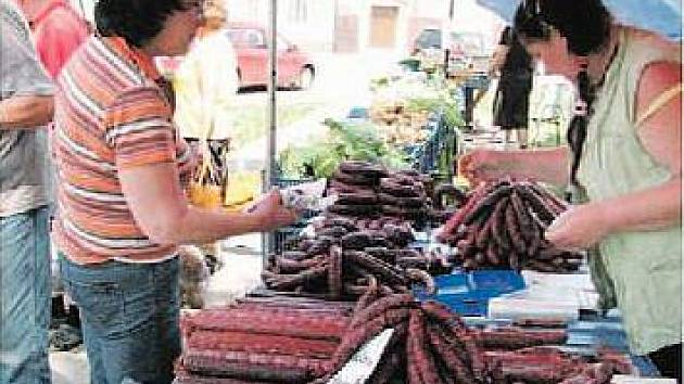 Farmářské trhy v Holicích