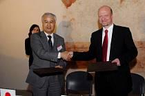 Pardubická univerzita uzavřela smlouvu s japonskými partnery