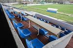 Letní stadion v centru Pardubic je v dezolátním stavu.
