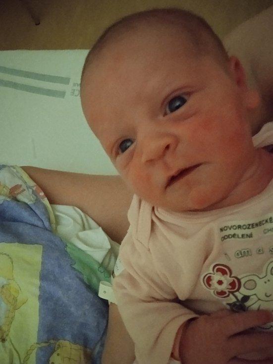 Natálie Horáková se narodila 15. 6. 2021 v chrudimské porodnici. Vážila  4270 g a měřila 53 cm. Velikou radost udělala rodičům Miloslavu Horákovi a Monice Berné.