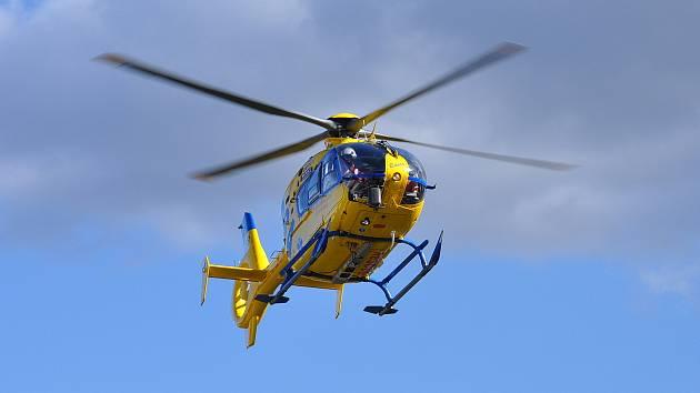 BARČA, záchranářský vrtulník, ZZS Ústí, ilustrační foto