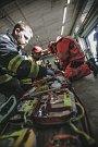 Cvičení Letadlo 2018. Prověrka záchranářů na pardubickém letišti měla simulovat leteckou nehodu.