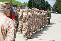 Slavnostní nástup vojáků 20. úkolové uskupení Armády ČR, kteří se vrátili z Afghánistánu, na letišti v Pardubicích.