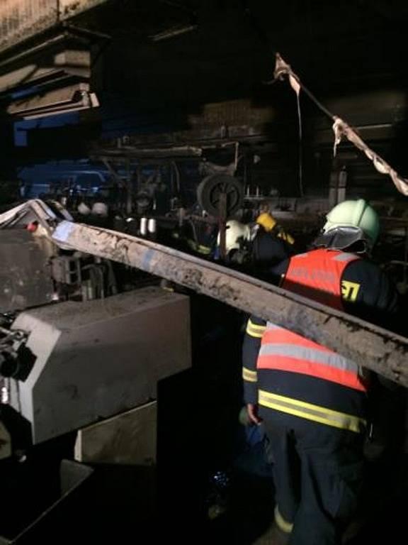 Požár tkalcovny v Těchoníně