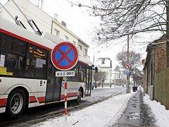Sakařovu ulici čeká uzavírka a budování kanalizace