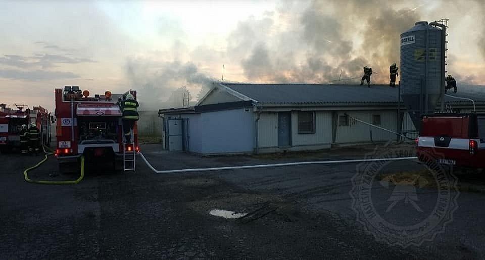 Požár drůbežárny ve Starých Holicích