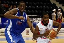 Pardubičtí basketbalisté rozdrtili Ostrravu
