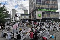 Blokáda chvaletické elektrárny pokračuje