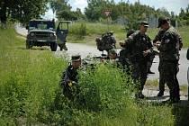 Pardubičtí dělostřelci skončili s přípravami na misi v Kosovu. Cvičilo se jak hlídkování, spolupráce s hasiči ale třeba i zvládání agresivního davu