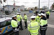 Celorepublikové finále soutěže dopravních policistů v Pardubicích. O titul nejlepší dopravák se utkalo 28 policistů.