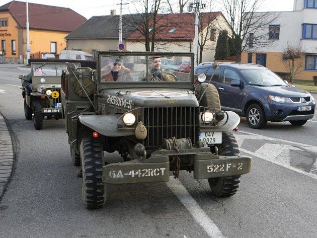 Novoroční jízda veteránů Pardubicemi