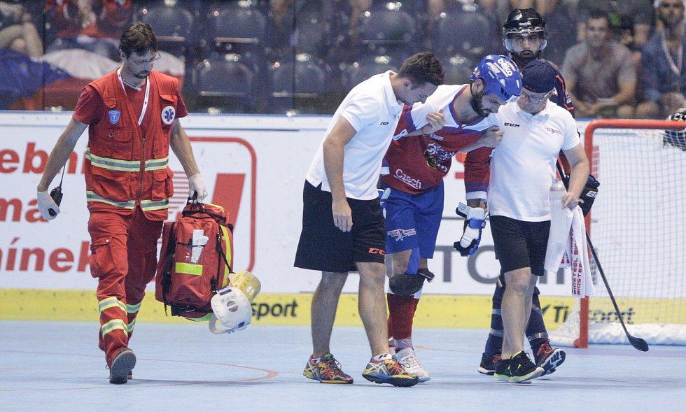 Hokejbalové utkání Mistrovství světa mezi Českou republikou a Indiív pardubické Tipsport Aréně.