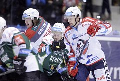 O UDRŽENÍ nejvyšší hokejové soutěže budou Pardubice bojovat v baráži s Karlovými Vary a dvojicí celků z první ligy.