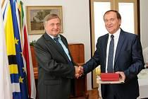 Ladislav Formánek a holický starosta Ladislav Effenberk.