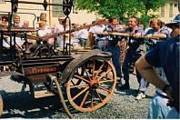 Rok 1997, hasiči tehdy s historickou koňskou stříkačkou navštívili několik akcí.