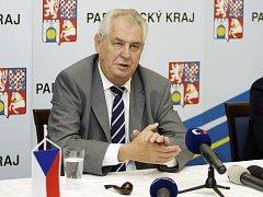 Miloš Zeman putoval po Pardubickém kraji tři dny