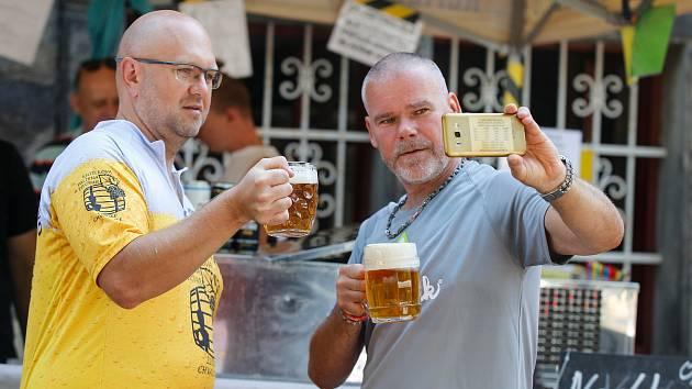 Romantický festival piva pro milovníky piva a malých pivovarů Přelet pivních píp u Perníkové chaloupky.