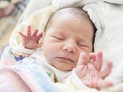 Natálie Hermanová se narodila 28. dubna ve 12:02 hodin. Vážila 3560 gramů a měřila 50 centimetrů. Maminku Lucii u porodu podpořil tatínek Tomáš. Rodina je doma v Chvaleticích.