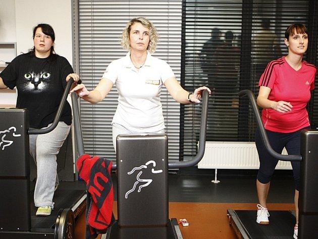 Hubneme s Deníkem 2014 na HEATu. Zleva: Jana Morávková, Blanka Holešovská a Lucie Balachoncevová.