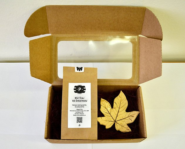Studentská firma vyrábí čaje ipaletky