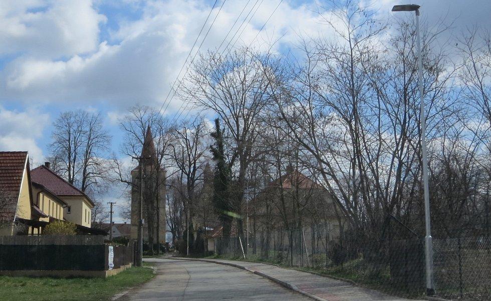 Velikonoční výzdoba v Rovni.
