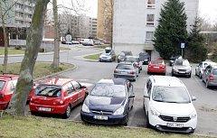 Na Cihelně se změní systém parkování.