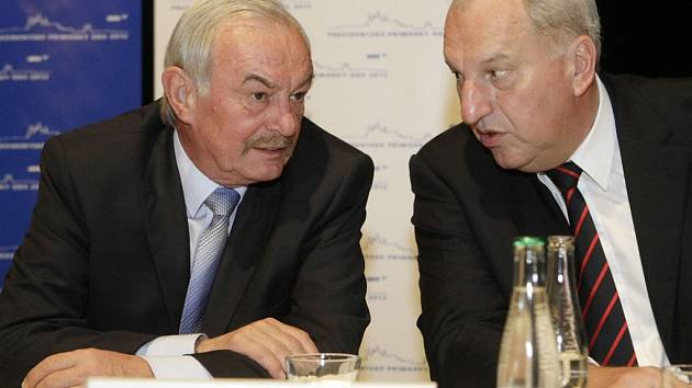 Přemysl Sobotka a Evžen Tošenovský (vpravo).