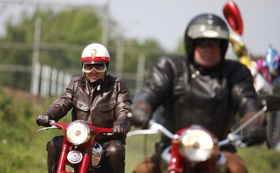 Projely se i historické motocykly
