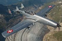 Švýcarský letoun EFW C-3605 bude jedním z taháků letošní Aviatické pouti v Pardubicích.