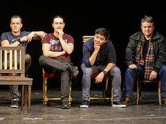 Noc divadel 2015 v Pardubicích