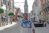 Vzhůru do oblak... Pardubický basketbalista Jiří Voltner bude reprezentovat vlast i své město na mistrovství světa veteránů v dalekém Orlandu. Na Floridu zamíří už za dva měsíce.