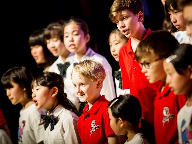 Chlapecký sbor BONIFANTES v Japonsku