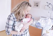 DENISA BŘEZINOVÁ se narodila 21. února ve 2 hodiny a 23 minut. Měřila 50 centimetrů a vážila 3050 gramů. Maminku Hanu podpořil u porodu tatínek Roman. Rodina bydlí ve Pardubicích.