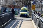 در پردوبیس ، تعمیرات روگذر بیمارستان آغاز شده است.  به همین دلیل برخی از آمبولانس ها باید از طریق پارک Vinici حرکت کنند.