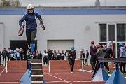 Středoškolské mistrovství České republiky v požárním sportu na Střední průmyslové škole chemické v Pardubicích.