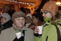 Na náměstí bude i horký čaj