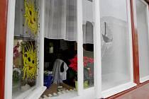 Zloděj se do dětské ordinace vloupal oknem