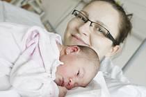 Ema Brlášová se narodila 29. ledna v 5:48 hodin. Měřila 50 centimetrů a vážila 3320 gramů. Maminka Pavlína a tatínek Zdeněk jsou z Mikulovic.