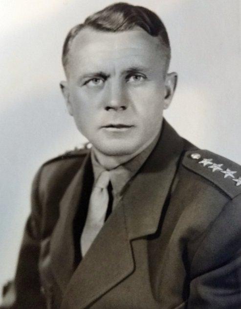 PROTI SVÉ VŮLI se stal Jiří Zástěra vojákem zpovolání.