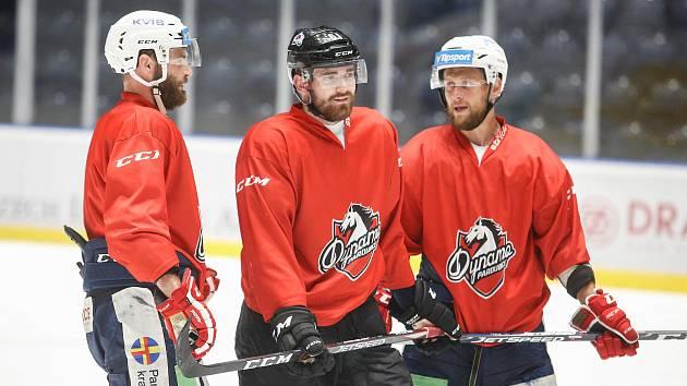 Trénink hráčů HC Dynamo na ledě v pardubické enteria areně.