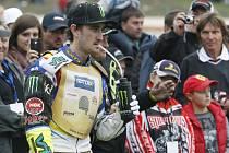 Finále 66. Zlaté přilby na svítkovském oválu. Vítězství vybojoval australský jezdech Chris Holder.