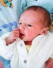NINA ŽENKOVÁ se narodila 13. dubna v 18 hodin a 5 minut. Měřila 45 centimetrů a vážila 2290 gramů. Maminku Pavlu u porodu podpořil tatínek Jiří a bydlí v Pardubicích.