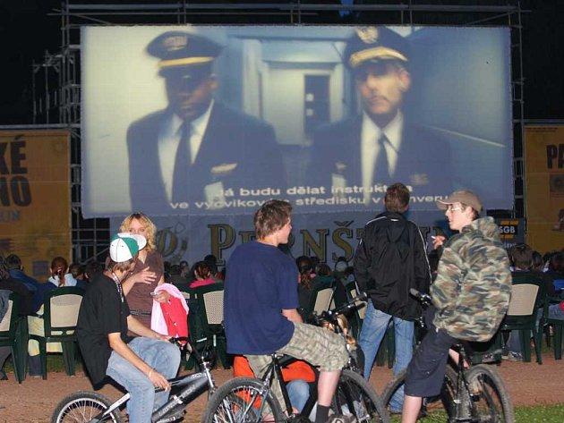Pardubické letní kino Pernštejn v Tyršových sadech