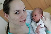 Aneta Šrámová se narodila 1. března v 13:55 hodin. Měřila 44 centimetrů a vážila 2300 gramů. Maminku Dášu u porodu podpořil tatínek Pavel a rodina je z Pardubic.