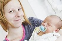 Pavel Šklíba se narodil 12. května ve 13:46 hodin. Měřil 50 centimetrů a vážil 3700 gramů. Maminku Elišku u porodu podporoval tatínek Tomáš a doma v Pardubicích čeká pětiletý Samuel.